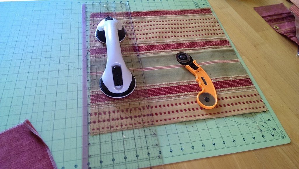 Cutting rescued fabric