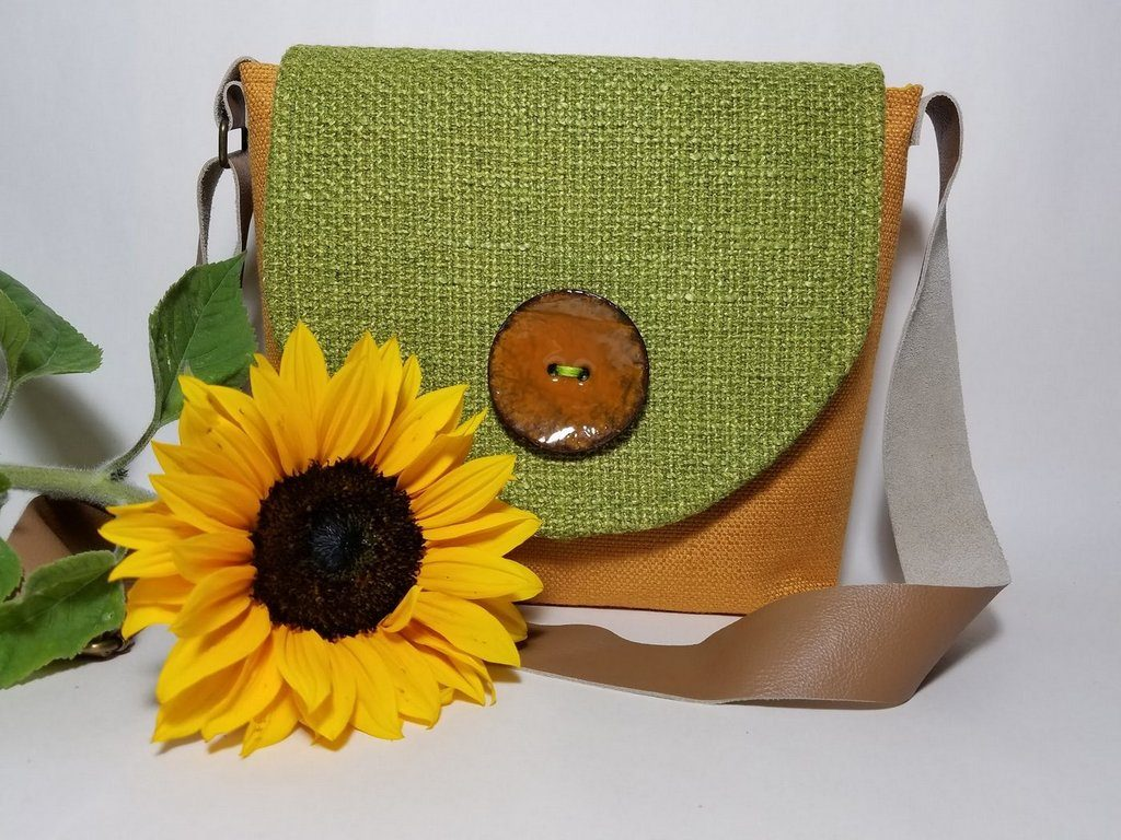 Eco-friendly sunflower purse
