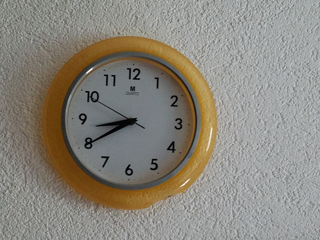 Second floor clock